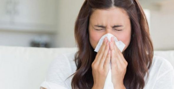 How to cure a runny stuffy nose quickly
