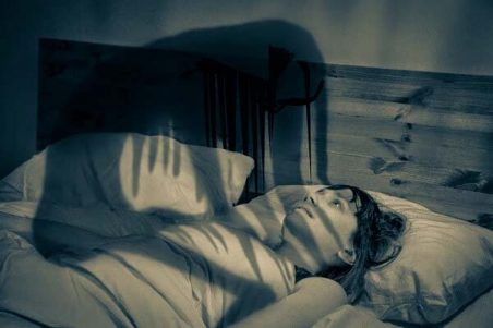 sleep paralysis symptoms and risk factors